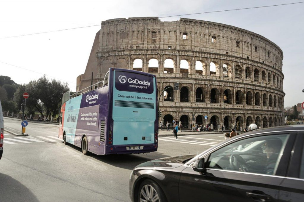 GoDaddy, Rome, Tourist Bus