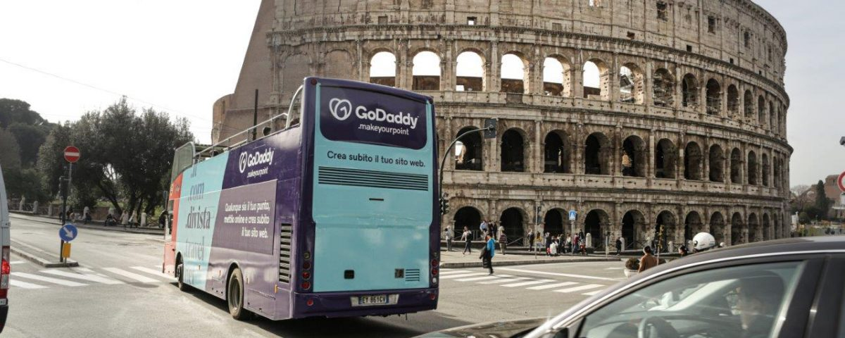 GoDaddy Roma Colosseo